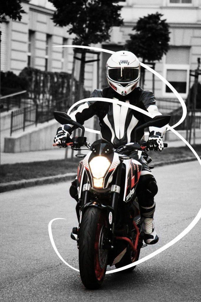 kurtki na motocykl